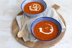 Op zoek naar een recept voor zongedroogde tomatensoep? Bekijk dan eens dit lekkere, simpele en snelle recept! Echt een aanrader.