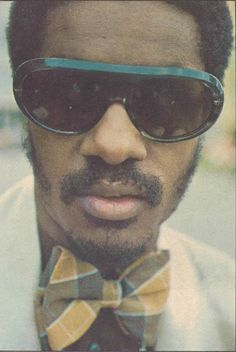 Stevie Wonder! That's truly a cool pic of my main man Stevie....