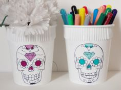 Dica de objeto decorativo: como fazer vasinho com tema de caveira mexicana -  Blog Dona Engenhosa