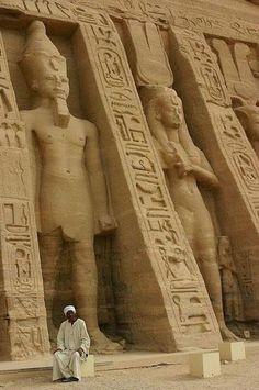 Pacchetti viaggi in Egitto, Tempio di Abu Simbel http://www.italiano.maydoumtravel.com/Pacchetti-viaggi-in-Egitto/4/0/