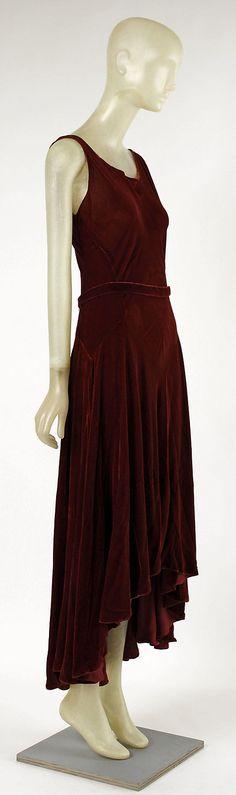 ~Evening dress Madeleine Vionnet (French, Chilleurs-aux-Bois 1876–1975 Paris)  Date: ca. 1929 Culture: French Medium: silk~