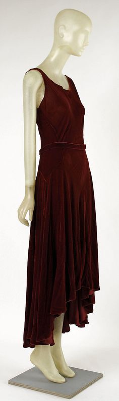 ~Evening dress Madeleine Vionnet (French, Chilleurs-aux-Bois 1876–1975 Paris)  Date: ca. 1929 Culture: French Medium: silk~