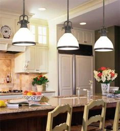 50 Amazing Kitchen Lighting Ideas For Vaulted Ceilings Ideas #KitchenRoomIdeas #CeilingsIdeas