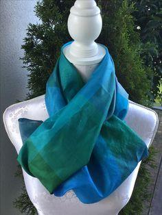 Foulard aus Seide blau/grün sFr. 59.-- Tibet, Blanket, Fashion, Headscarves, Silk Shawl, Blue Green, Moda, Blankets, Fasion