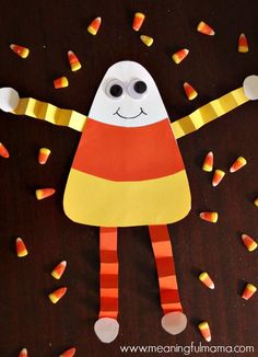 Candy Corn is a Halloween staple. Get creating this Halloween with these 9 Cool Candy Corn Crafts. Halloween Crafts For Kids, Halloween Activities, Autumn Activities, Halloween Art, Holiday Crafts, Halloween Crafts Kindergarten, Halloween Labels, Work Activities, Thanksgiving Crafts
