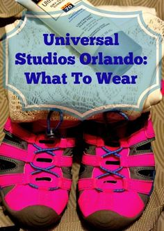 Outfit tips for what to wear to Universal Studios Orlando. Ideas for what to pack for family vacation, be prepared for rides and day at park.