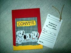 """Convitinho para aniversário no tema """"DÁLMATAS""""! Feito em scrapbook, medindo 1/4 de ofício (10x15cm). Com um cartão-convite no """"bolso"""", que vc puxa pelo cordão, e preenche os dados.  Este cartão-convite pode já ser impresso com os dados da festa ficando em branco apenas o nome dos convidados. Se preferir com o nome do convidado impresso também, o valor do convite é acrescido de $0,50 por unidade. Basta passar uma listagem, e enviamos as artes para aprovação antes de imprimir. O convite vem…"""