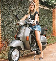 - Piaggio Vespa, Lambretta Scooter, Vespa Scooters, Mod Scooter, Scooter Motorcycle, Motorbike Girl, Motorcycle Girls, Vespa Girl, Scooter Girl
