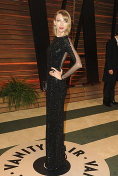 Vanity Fair Oscar Party 2014 - Taylor Swift in Julien Macdonald