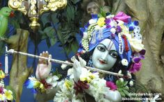 To view Gopinath Close Up Wallpaper of ISKCON Chowpatty in difference sizes visit - http://harekrishnawallpapers.com/sri-gopinath-close-up-wallpaper-021/