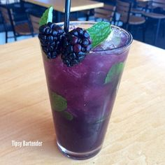 The Hazy Mojito: Coconut Rum, Muddled Blackberries, Vanilla Simple Syrup, Mint Leaves and Soda Water . we might even float a splash of Razmatazz on top! Fruit Drinks, Smoothie Drinks, Party Drinks, Cocktail Drinks, Alcoholic Drinks, Best Soda, Tipsy Bartender, Coconut Rum, Simple Syrup