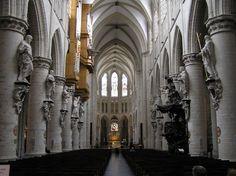 Interior de la Catedral San Miguel y Santa Gúdula de Bruselas - Portal Fuenterrebollo