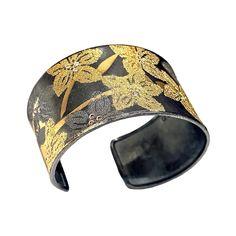 Atelier Zobel Handmade Oxidized Silver Pure Gold Fused Diamond Flower Cuff