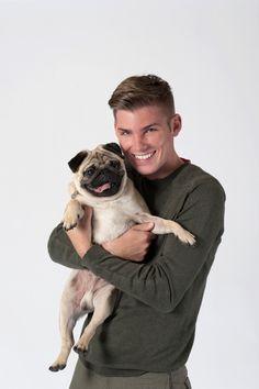 He's holding a pug.I repeat my heart has just evaporated. Kieron Richardson, Amor Pug, Pug Mops, Carlin, Hollyoaks, Bbc Tv, Tv Soap, Lgbt Love, Cute Actors