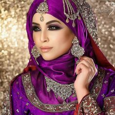 Beautiful in gorgeous makeup and hijab by ♥ Stunning photo by ♥ Wedding Hijab Styles, Hijab Wedding Dresses, Muslimah Wedding, Dress Wedding, Bridal Hijab, Hijab Bride, Muslim Brides, Muslim Women, Muslim Girls