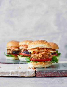 Make the most of aubergines by deep-frying in breadcrumbs until crisp and golden before stuffing in a burger bun with grilled halloumi and harissa mayo Burger Recipes, Veggie Recipes, Vegetarian Recipes, Healthy Recipes, Vegetarian Tart, Veggie Food, Vegan Meals, Aubergine Recipe, Fried Halloumi