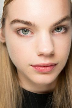 Narciso Rodriguez Spring 2017 Ready-to-Wear Fashion Show Beauty