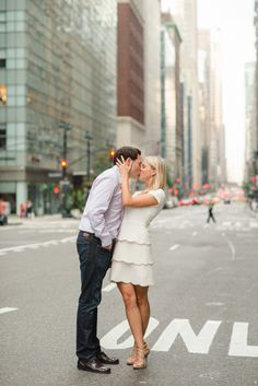 New York City engagement: http://www.stylemepretty.com/new-york-weddings/new-york-city/2015/01/13/nyc-engagement-session-4/ | Photography: Rachel Pearlman - http://www.rachelpearlmanphotography.com/