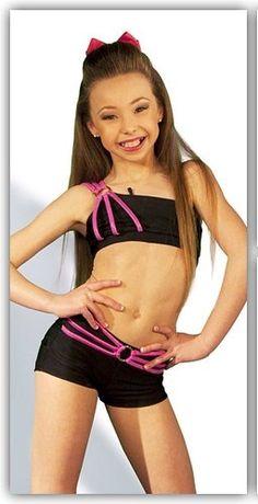 Sophia Lucia! Autumn Miller, Girls One Piece Swimsuit, Teen Beauty, Girls Leotards, Dancing Baby, Couple Shirts, Dance Moms, Dance Outfits, Sport Girl