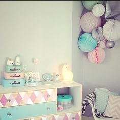 Une chambre toute en pastels chez audrey.lilarose on Instagram. Pastel palette for this cute nursery ✨ Sous le lampion lantennes chinoises, lampions et décorations Baby Bedroom, Nursery Room, Girls Bedroom, Inspiration For Kids, Room Inspiration, Gold Couch, Pastel Room, Girl Decor, Kids Room Design