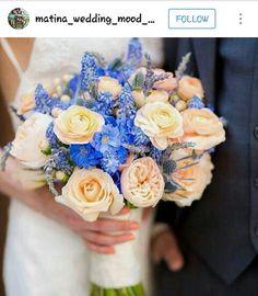 Bouquet: colors blue and peach