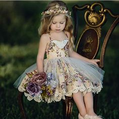 Size just added (Create Beauty Dress) Little Girl Dresses, Girls Dresses, Flower Girl Dresses, Outfits Niños, Kids Outfits, Baby Girl Fashion, Fashion Kids, Robes Tutu, Girl Photography