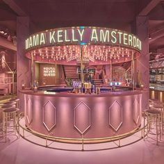 If you are tired of the Millennial Pink then you shouldn't go visit Amsterdam restaurant MaMa Kelly ! Located at the Olympisch Stadion in Amsterdam outskirts, the square-foot, 230 seats entirely pink restaurant has an interesting concept: they Hair Salon Interior, Salon Interior Design, Restaurant Interior Design, Salon Design, Cafe Interior, Design Hotel, Boutique Interior, Cafe Design, Store Design
