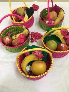 54 Ideas Basket Wedding Ideas Shower Gifts For 2019 Desi Wedding Decor, Wedding Reception Food, Wedding Plates, Indian Wedding Decorations, Wedding Crafts, Gifts For Wedding Party, Flower Decorations, Baby Shower Decorations, Wedding Favors