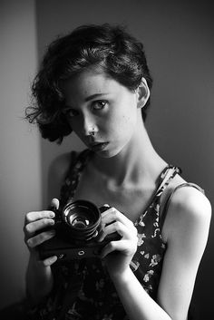 Risultati immagini per diane arbus portrait Diane Arbus, Lee Friedlander, Artistic Photography, Photography Tips, Portrait Photography, Photographer Self Portrait, Viviane Sassen, Girls With Cameras, Transgender People