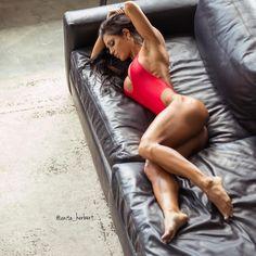 Fitness Model ANITA HERBERT's Best 10 Inspirational Pics!  #ANITAHERBERT #FitnessGoals #hardbody #girlpower