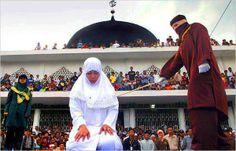 La CHARIA quelle merde ! Aux Maldives comme au qwebec...  Deux exemples qui illustrent sans équivoque l'article premier de la révolte des DIPLOMATES contre l'obscurantisme religieux...  1) Rape victims punished, failed by Maldives justice system http://minivannews.com/society/raped-victims-punished-failed-by-law-in-the-maldives-53760  2) CRIMES D'HONNEUR Quand une fille ne vaut pas grand-chose http://www.journaldequebec.com/2013/03/01/quand-une-fille-ne-vaut-pas-grand-chose