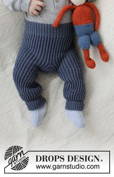 Ravelry: Early Nap Pants pattern by DROPS design Baby Knitting Patterns, Knitting For Kids, Knitting Stitches, Baby Patterns, Free Knitting, Finger Knitting, Scarf Patterns, Knitting Machine, Knit Baby Pants