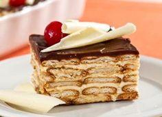 """Os experts nesse tipo de sobremesa dizem que o segredo para deixá-la irresistível é caprichar no creme feito com baunilha. <br /><br />C<a href=""""http://mdemulher.abril.com.br/culinaria/receitas/receita-de-torta-alema-632395.shtml"""" target=""""_blank"""">onfira"""