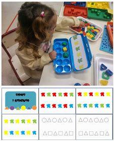 Seriamos con tarjetas    Hoy hemos comenzado a realizar seriaciones de objetos atendiendo a uno de sus atributos: el color.   Utilizamos...