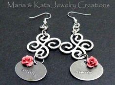 Smile & Create dangle earrings
