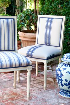 Mark D Sikes side chairs with Schumacher stripe fabric Bar Chairs, Dining Room Chairs, Table And Chairs, Side Chairs, Lounge Chairs, Desk Chairs, Patio Dining, Side Tables, Plywood Furniture
