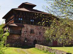 Ancienne maison forte, Erratzu, commune de Baztan, Navarre, Espagne. | Flickr - Photo Sharing!