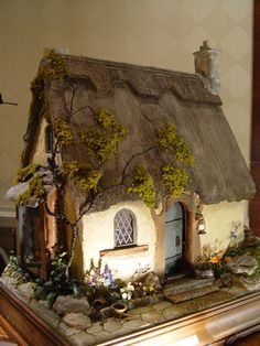 235 Best Dollhouse Images In 2019 Miniature Houses Dollhouse