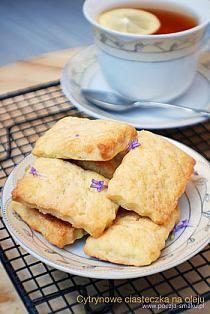 Ciasteczka na oleju / Lemon cookies (with oil) - recipe in Polish Lemon Cookies, Cake Cookies, Polish Recipes, Cornbread, Fudge, Cooking Recipes, Sweets, Dishes, Oil Recipe
