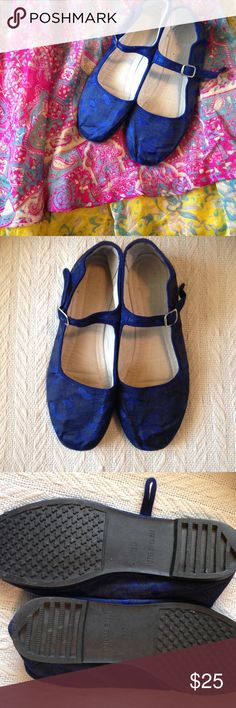 Vibrant Electric Blue Silk Mary Janes 9 EUC Beautiful Indian style shoes. Size 39 euro. Used Shoes Flats & Loafers