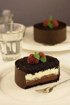 Mascarpone chocolate mini cake