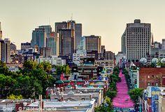 Découvrez les caractéristiques du quartier Le Village à Montréal! Montreal, Executive Suites, Le Village, Seattle Skyline, San Francisco Skyline, Hipster, Travel, Creativity, Viajes
