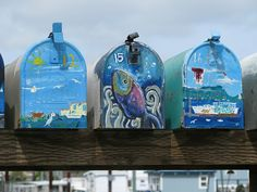 Houseboat mailboxes