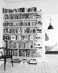 En güzel mutfak paylaşımları için kanalımıza abone olunuz. http://www.kadinika.com Books.. And more books . Insipration . #beforeandafter #madeinusa #rustic #indy500 #thesewallstalk #diy #hoosier #indiana #midwest #reclaimedwood #interior4all #mutfakgram #englishhome #romantichome #evimicokseviyorum #countryhome #like4like #sunumgram #follow4follow #ikea #evimevimgüzelevim #pink #pastellove #yasamtarziniz #cottagestyle #shabbychic #pastelhome #instagood #aniyakala #vscocam