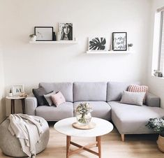 85 Modern Minimalist Living Room Decor Ideas A minimal li. 85 Modern Minimalist Living Room Decor Ideas A minimal living room is an abs Living Pequeños, Cozy Living Rooms, Living Room Grey, Living Room Sofa, Living Room Interior, Home Living Room, Apartment Living, Small Living, Apartment Ideas
