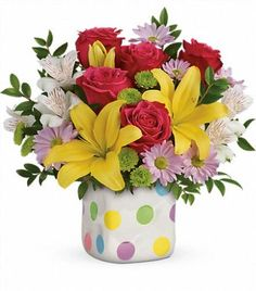 Order Teleflora's Delightful Dots Bouquet Delightful Dots from Villere's Florist, your local Metairie florist. Send Teleflora's Delightful Dots Bouquet Delightful Dots for fresh and fast flower delivery throughout Metairie, LA area. Fast Flowers, List Of Flowers, Summer Flowers, Mothers Day Flower Delivery, Mothers Day Flowers, Ikebana, Floral Centerpieces, Floral Arrangements, Yellow Roses