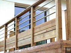 Haute-Vienne 87 Limoges Garde-Corps Bois et Inox Sur Mesure Deck Railing Design, Balcony Railing, Deck Railings, Deck Design, House Design, Balustrades, Front Deck, New Deck, Exterior Design