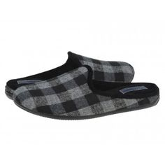 Papuci casa barbati Llama Gioseppo negro #homeshoes #cozy #Shoes Slippers, Shoes, Fashion, Home, Black, Moda, Sneakers, Shoes Outlet, Fashion Styles