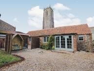Winterton-on-Sea holiday houses and cottages - Holiday accommodation in Winterton-on-Sea, UK England with golf