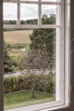 Tutustu myytävään kohteeseen: Omakotitalo - Skutholminkaari 7, Karhusaari Helsinki. Löydä uusi kotisi jo tänään!